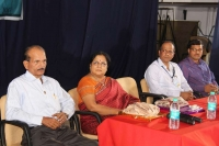 Ln BR Rao, Smt. M Saraswathi, Sri Amrthesh, Sri Ananthakrishna on the dias